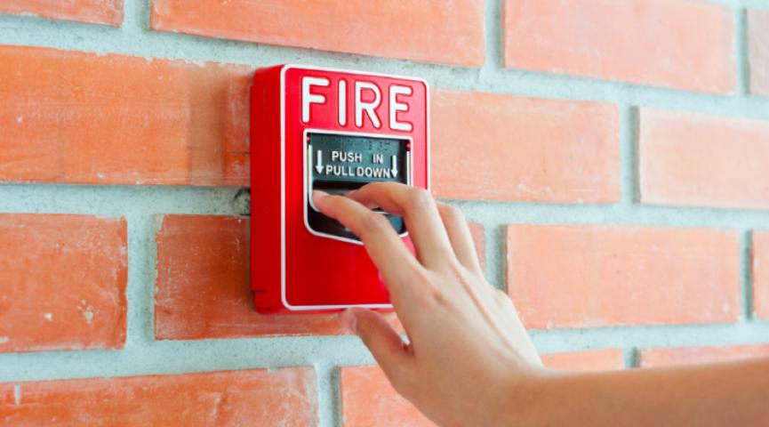 Netipinė gaisrinės saugos problema. Anglies pluošto įtempimo juostų apsauga.
